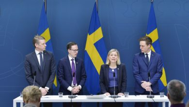 Photo of سوید : رێژهكا بهرچاڤ یا كارمهندان هاتنه لادان ل سهركارێ وان ژ بهر كریزا ڤایروسێ كرونایێ
